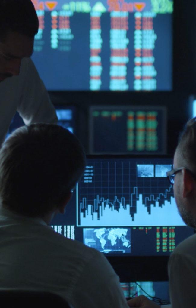 energy-market-analytics-650x1024